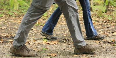 Un peu de marche pour éviter la perte musculaire.